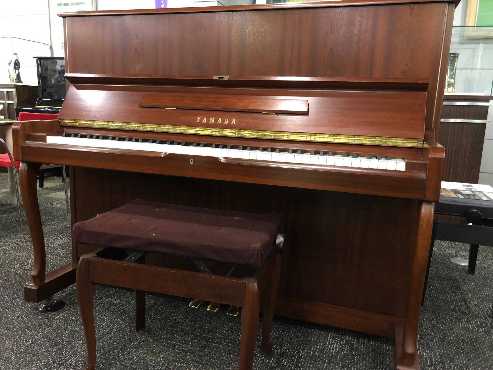 YAMAHA 中古ピアノ W110BS